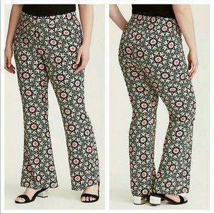 New! Torrid high waist pants wild 60s print 1x 2x